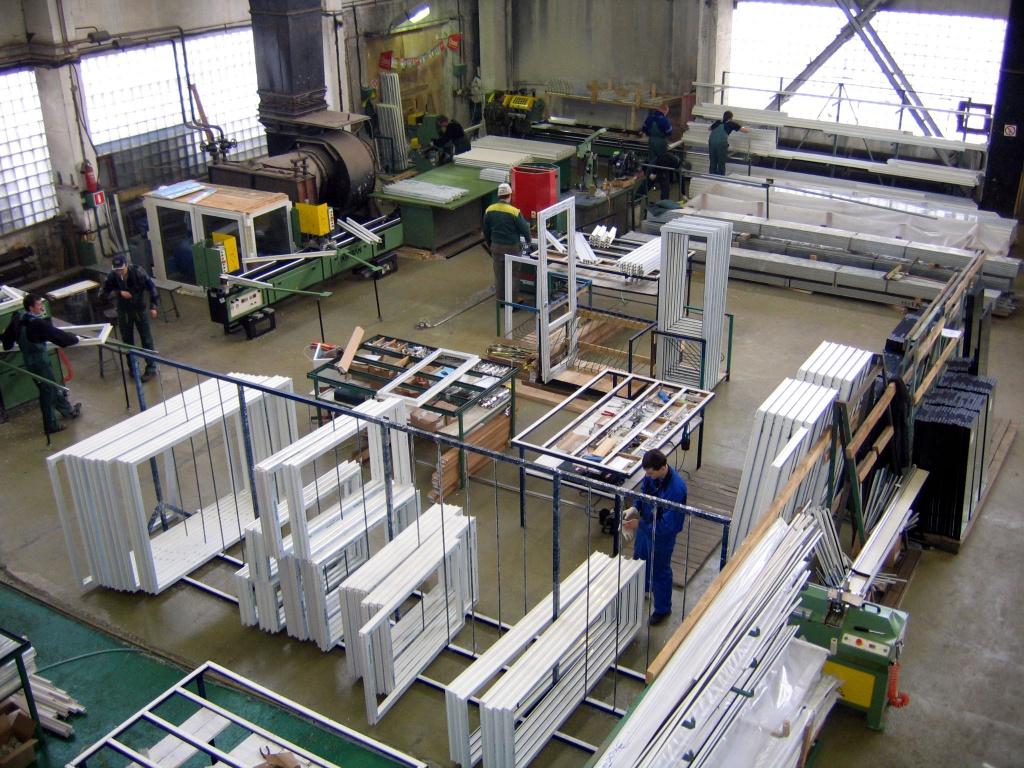 Завод по производству пластиковых